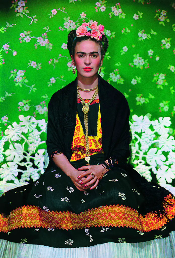 source https://www.vogue.fr/beauty-tips/article/storyfrida-kahlo-favorite-beauty-products2645